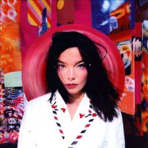 Björk, slik hun så ut da Post ble gitt ut i 1995. (Foto: björk.com)