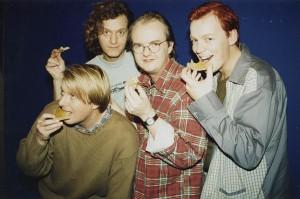 """Under intervjuet var tittelen på albumet ukjent, men det ble """"Sent og tidlig"""". Og her har bandet fått smak av honning. (Foto: www.delillos.no)"""