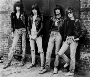 Ramones-konserten i Oslo i 1980 ble så kaotisk at den huskes av mange den dag i dag (Foto: All Music)