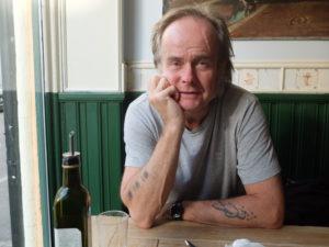 """Sverre Knudsen har skrevet romanen """"1979"""", året da pønken kom til Norge. (Foto: Leif Gjerstad)"""