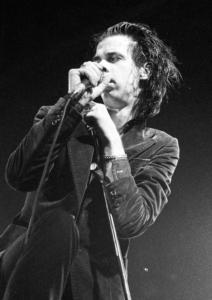 Nick Cave imponerte på Sardine's i 1986. Her fra en annen konsert, i Belgia, på samme turné. (Foto: Yves Lorson/Wikimedia Commons)